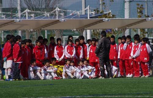 準々決勝開始前 準々決勝開始前 全員揃ってってのが、THE岩田って感じ  岩田FC・今日の一枚特